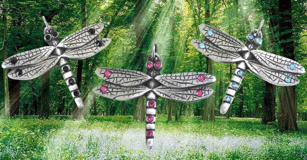 Dragonfly-Pendants-From-The-Moonlight-Shop_1024x1024_1024x1024